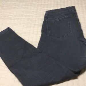 White House Black Market Jeans - White House Black Market M skinny regular jeans